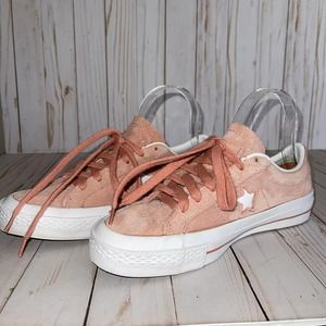 Pale Pink Suede Converse Size 7.5